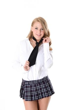 Nude Mature Schoolgirl Pics