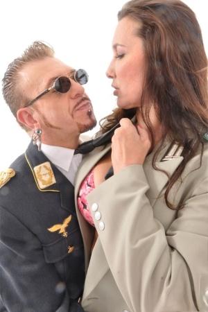 Nude Mature Military Pics