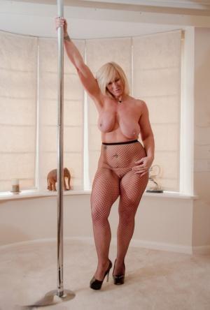 Nude Mature Stripper Pics
