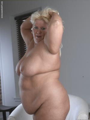 Nude Mature SSBBW Pics